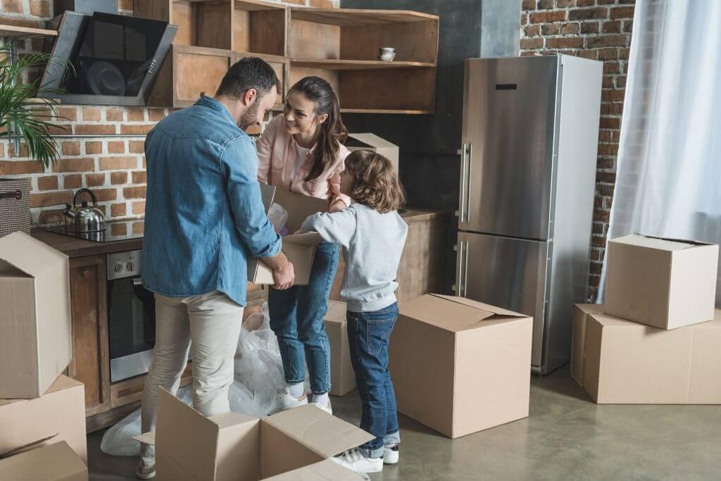 כיצד לנצל את ההזדמנות של מעבר דירה לסידור החפצים שלנו